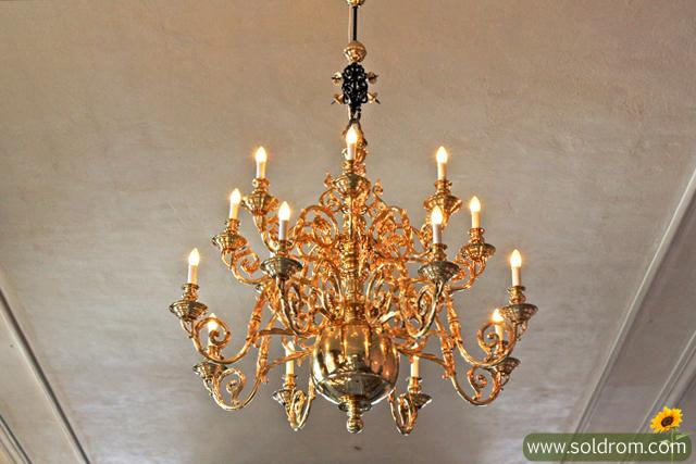 akershus_castle_chandelier