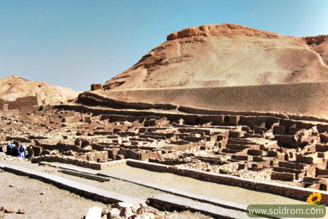 Deir el-Medina, the village of the workers
