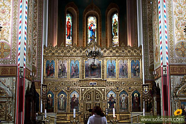 alexander_nevsky_cathedral_altar