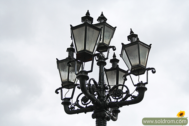 lamps_old_town
