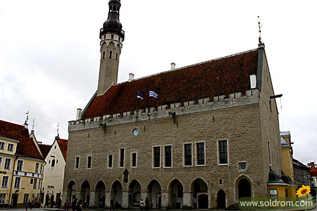 town_hall_vanalinn_tallinn