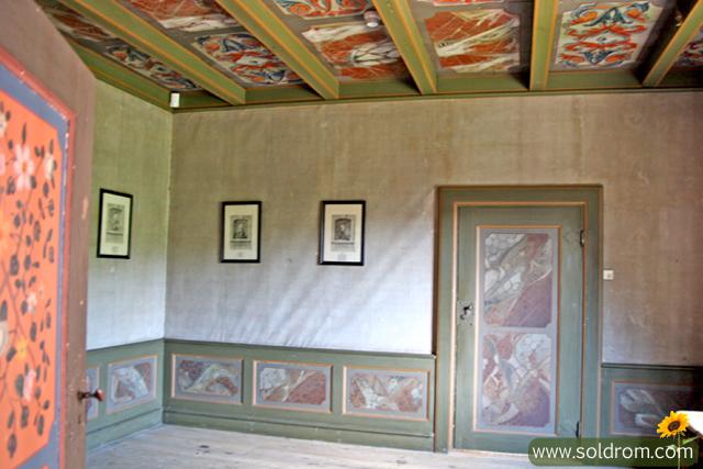 mansion_room