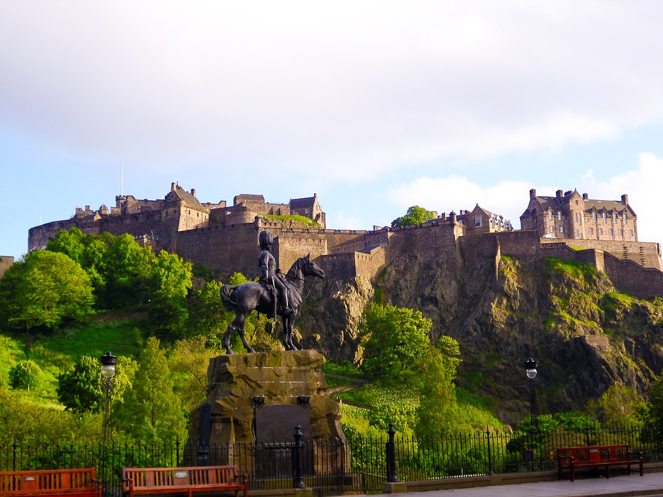 Edinburgh –The Heart of Scotland