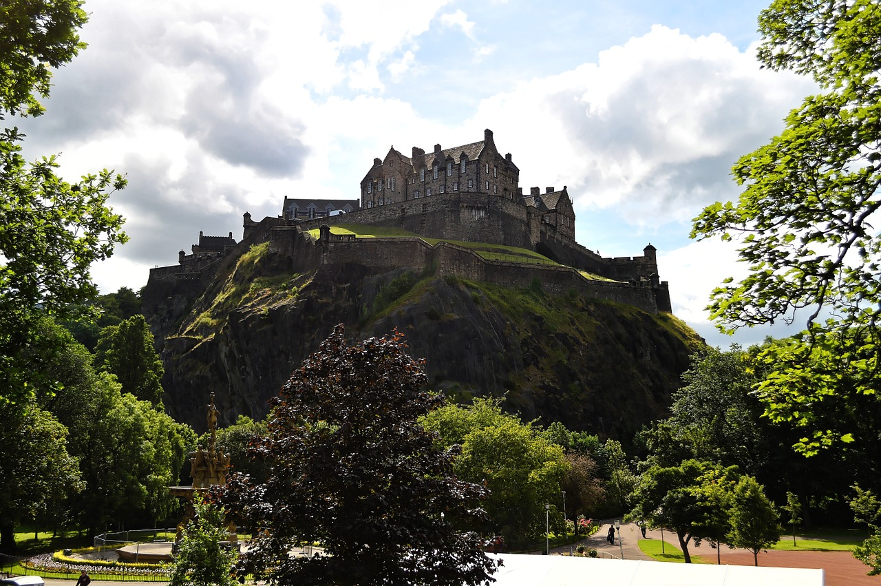 Edinburgh Castle – A fortress with many mysteries