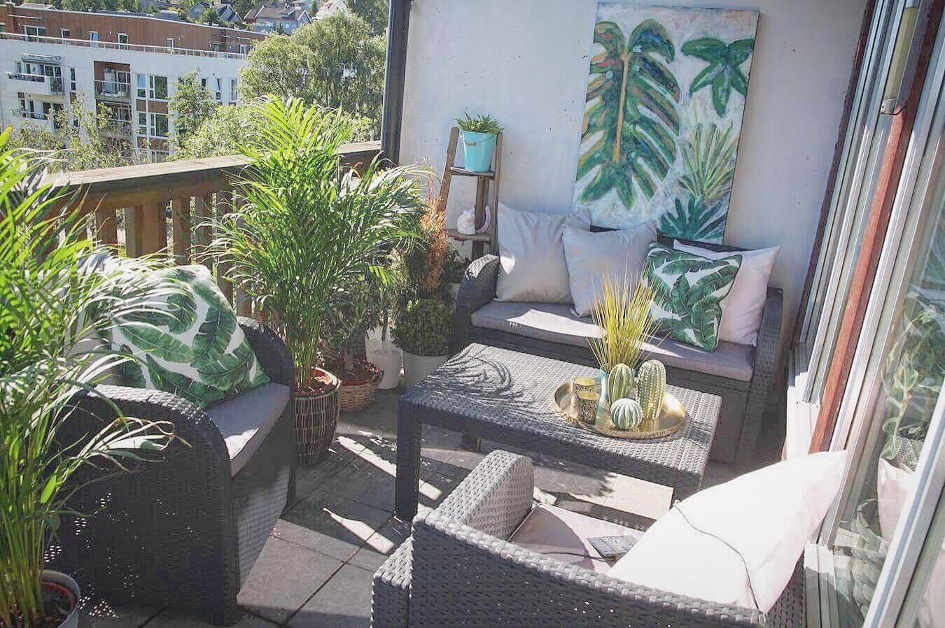 Vår Terrasse -Skal Bli En Grønn Oase