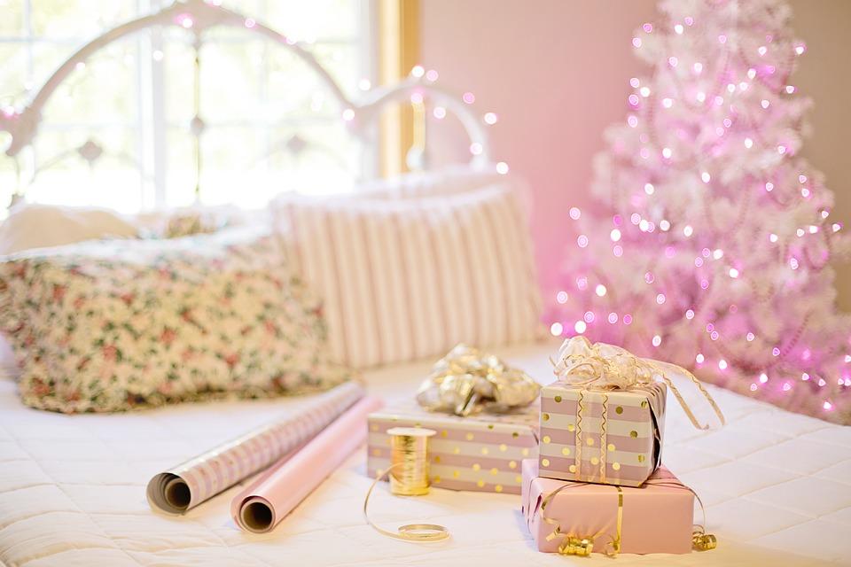 5 Tips til hvordan du kan pakke julegaver