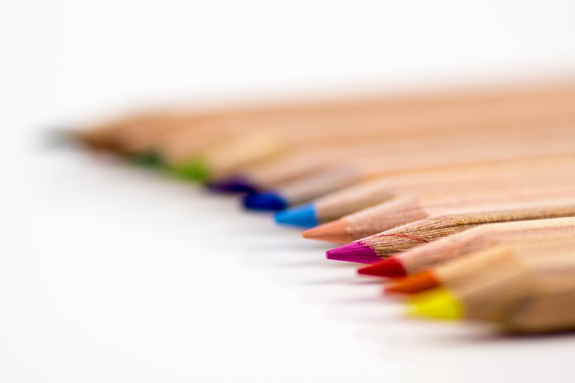 Farger -En grundig innføring i fargelære